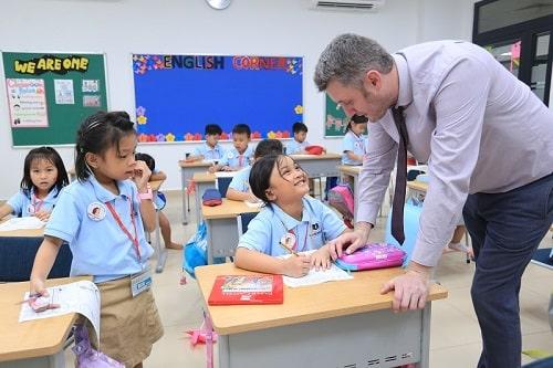 trường tiểu học quốc tế nào tốt ở tphcm
