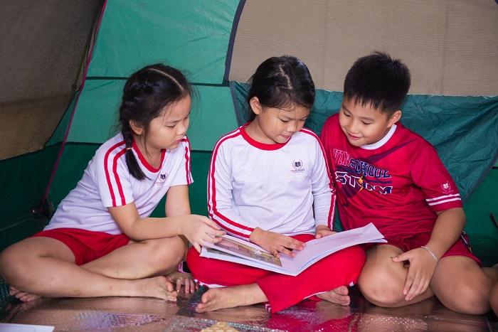 lều đọc sách
