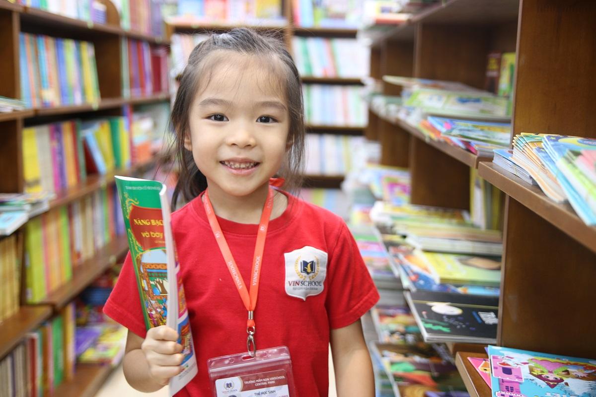 Tại sao các bạn nhỏ nên đi nhà sách thường xuyên?