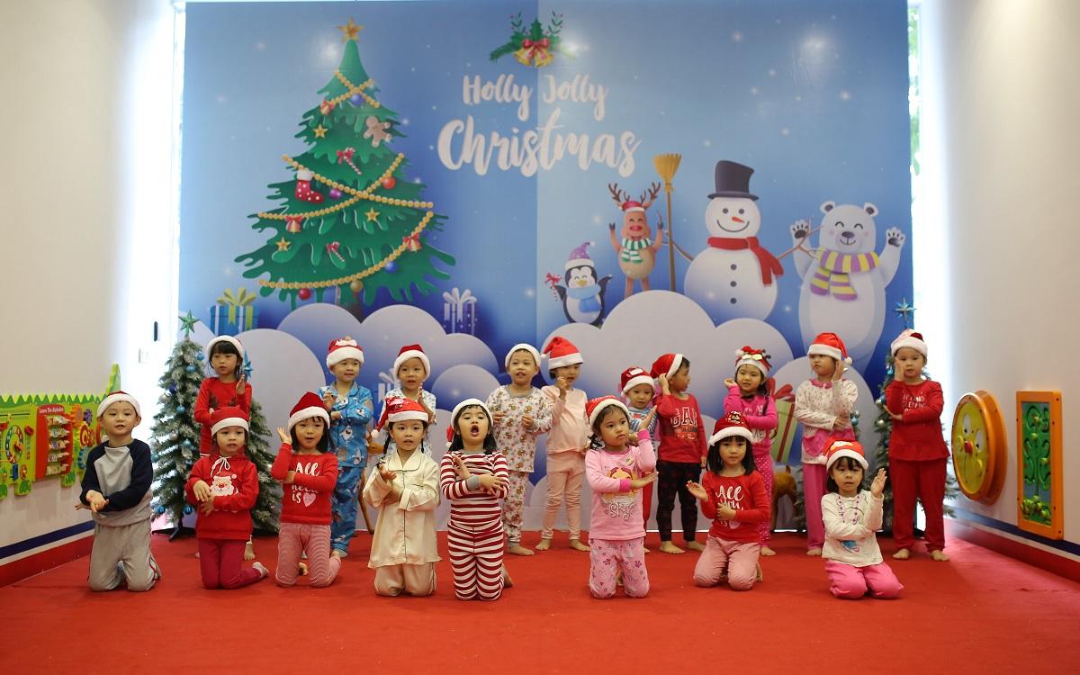 Rộn ràng lễ hội Giáng Sinh của các trường Mầm non Vinschool miền Nam