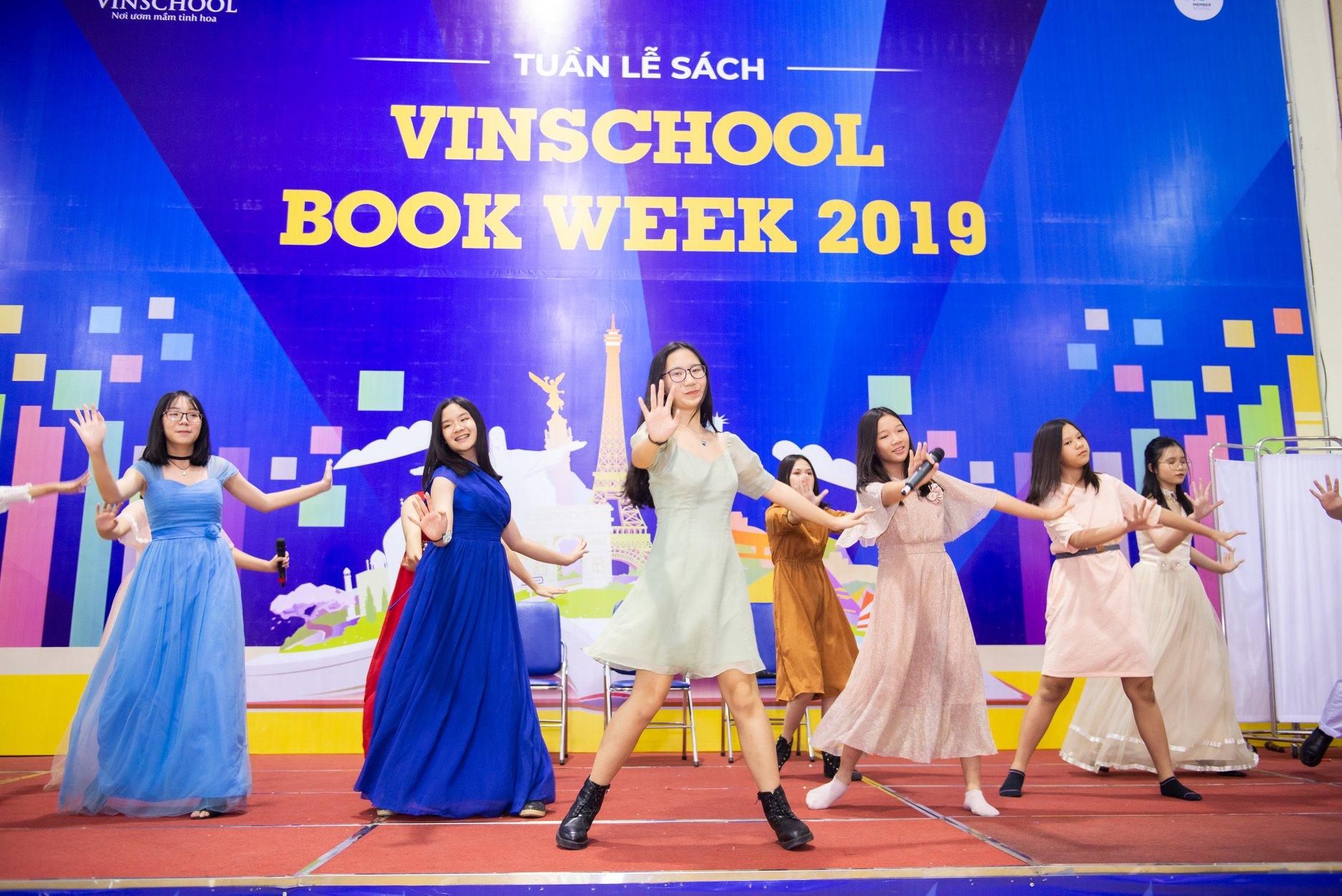 """Tuần lễ sách """"Vinschool Book Week"""" Khối Trung học Vinschool"""