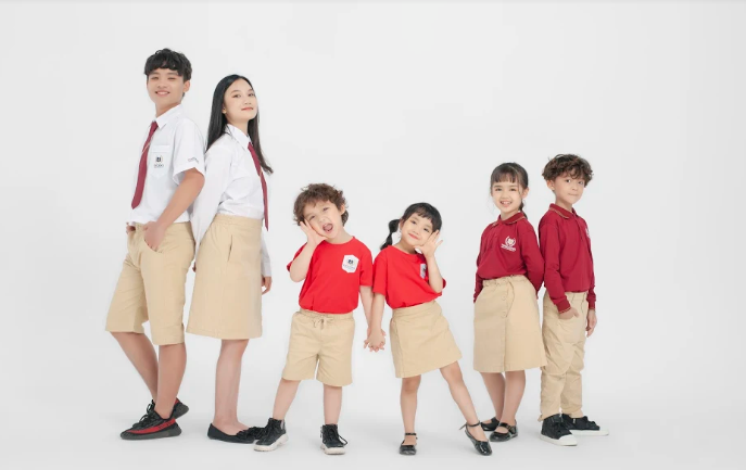 Thông báo V/v chính thức triển khai website bán đồng phục cho Phụ huynh và Học sinh Vinschool