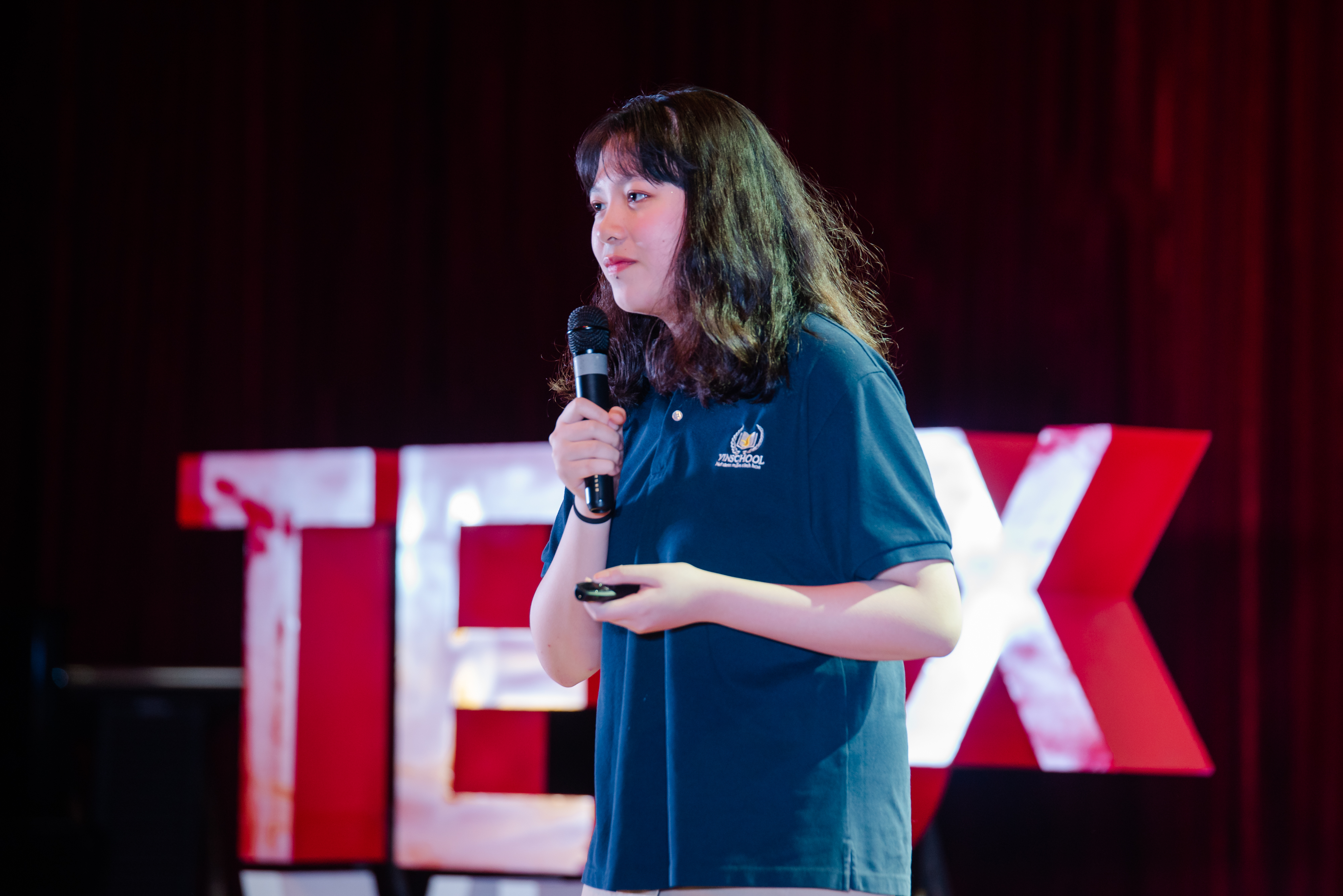 Why is the highest card in poker a King and not a Queen?   Le Thanh Phuong   TEDxVinschoolHanoi