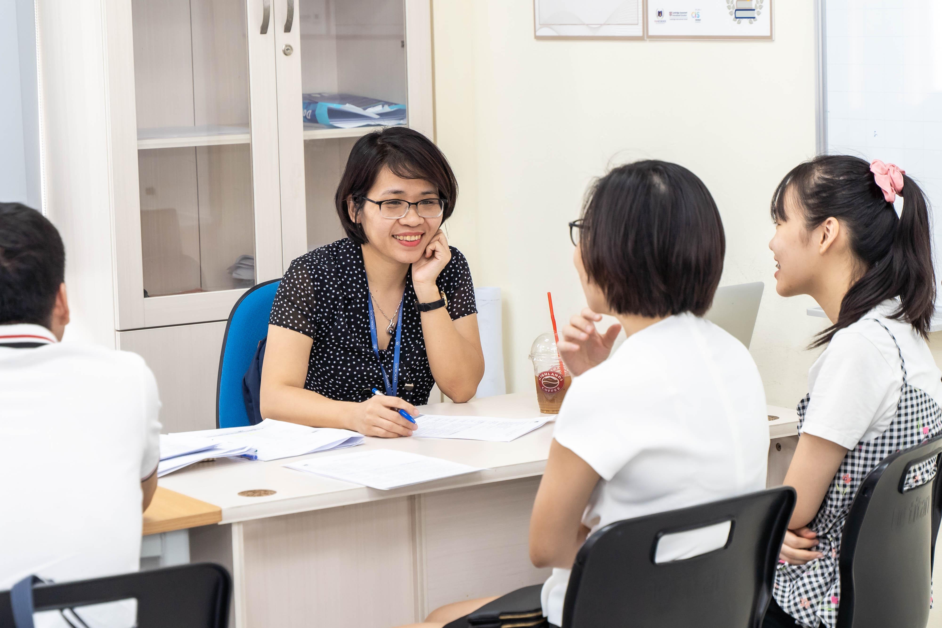 Cố vấn 1-1 giúp học sinh THPT lựa chọn môn học cho năm học mới