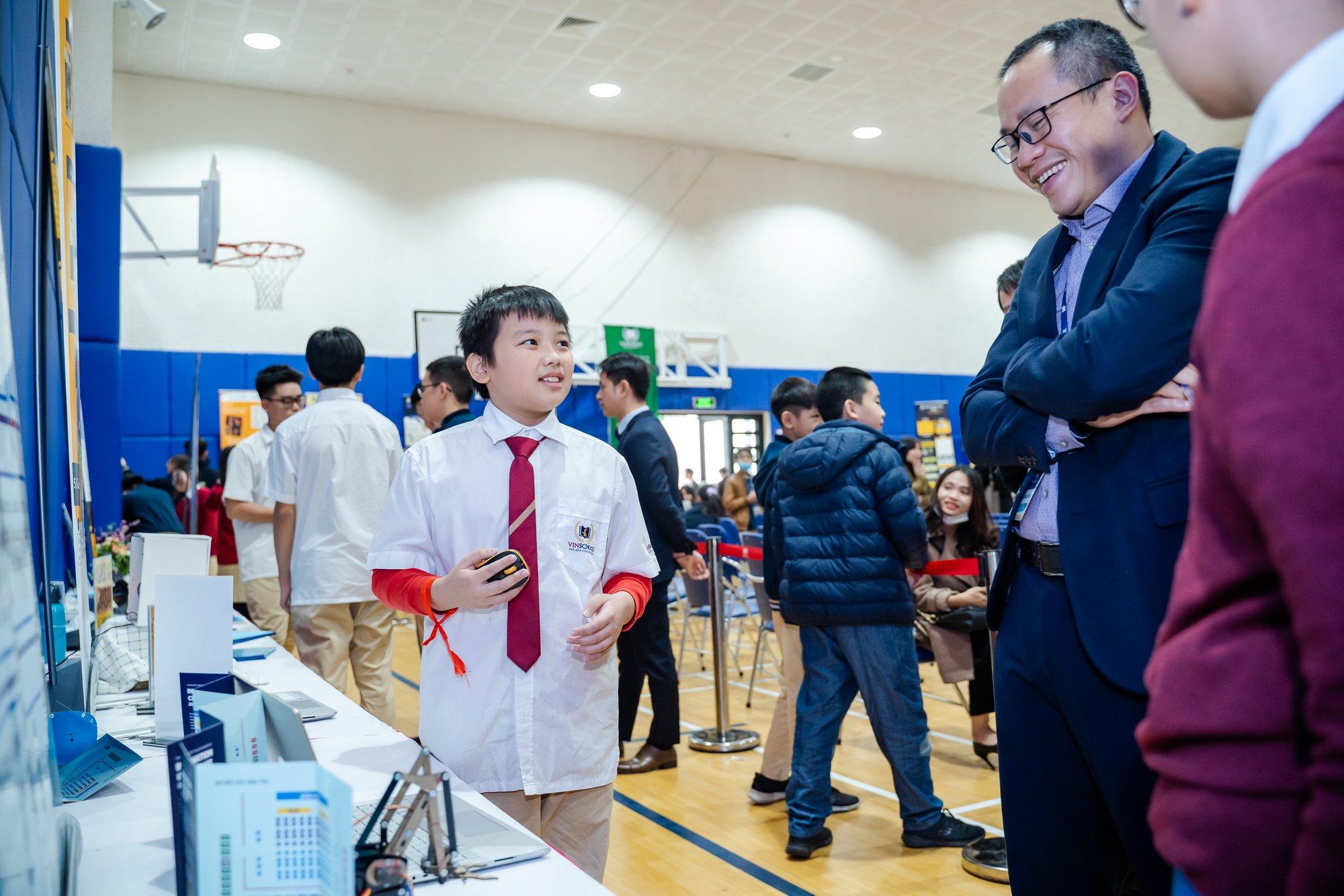 Chuyên gia nói gì về các dự án Nghiên cứu khoa học của học sinh Vinschool?